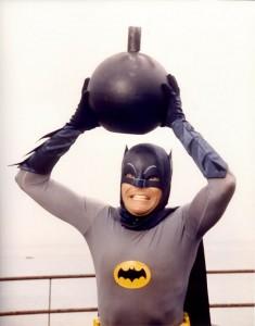 Elokuvassa Batman yrittää viedä pommin kauas ihmisistä